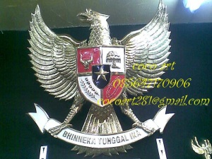 lambang garuda pancasila logam tembaga kuningan