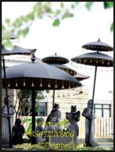 payung tembaga kuningan di hotel nusa dua beach hotel